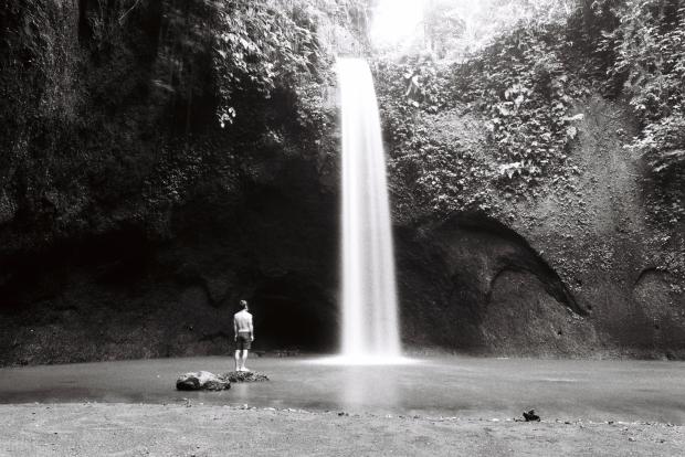 solo-morning-waterfall
